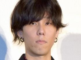 野田洋次郎さんの髪型