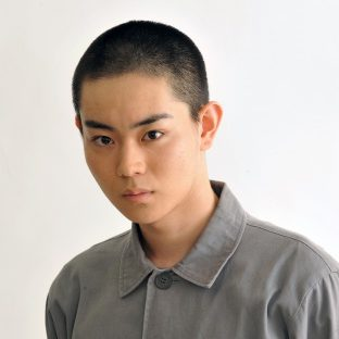 菅田将暉の髪型やセット法を紹介!パーマやショートなど