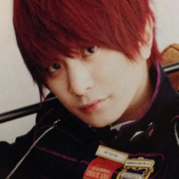 セカオワ・深瀬慧(fukase)の髪型が男女に人気!赤髪や金髪など